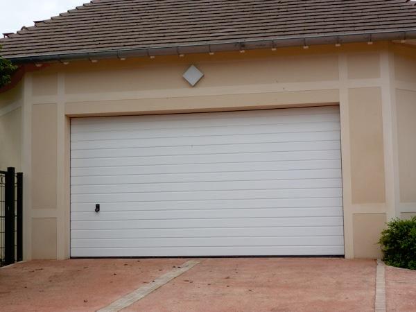 portes de garage sectionnelles 4  lelandais fermetures  lelandais